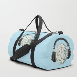 Mind Music Connection /3D render of human brain wearing headphones Sporttaschen
