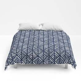 Abstract Leaf Pattern in Blue Comforters