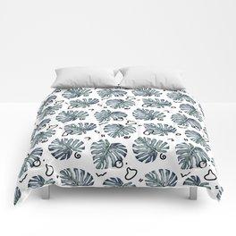 Watercolor tropical leaves pattern Comforters