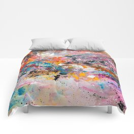 ILLUSIVE MOUNTAINS Comforters