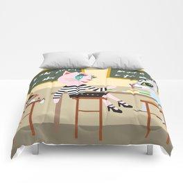 Taro fashionista cats Comforters