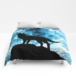 Howling Winter Wolf snowy blue smoke Comforters