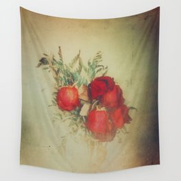 Vintage Red Roses Wall Tapestry