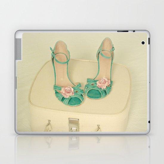 Summer Romance Laptop & iPad Skin