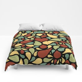 Heart surrounded by drops black pattern Comforters