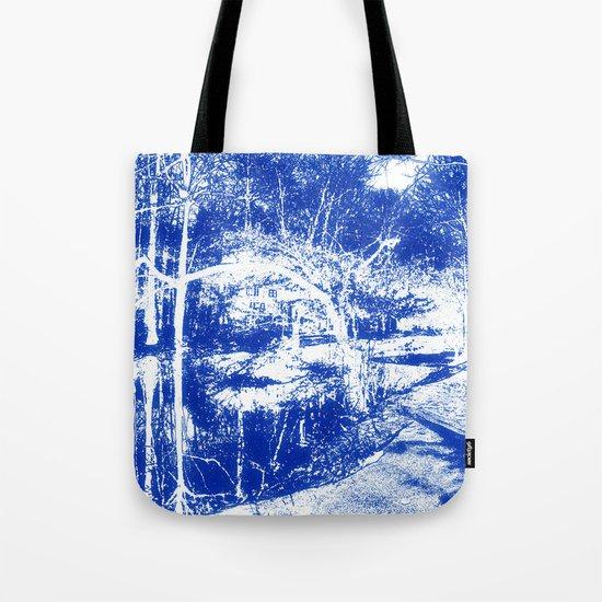 Looking in the water mirror-blue Tote Bag