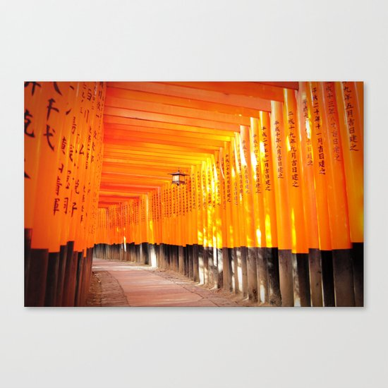 FUSHIMI INARI SHRINE Canvas Print