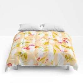 Spring Flowers and Feathers Pattern Comforters