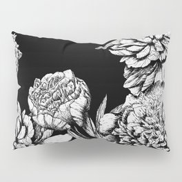 FLOWERS IN BLACK AND WHITE Pillow Sham