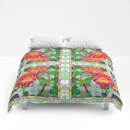 TROPICANA ROSE ON WHITE LATTICE Comforters