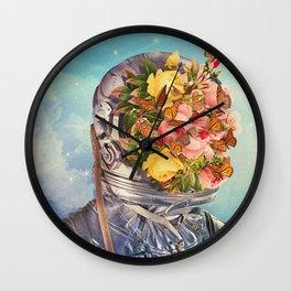 Retoñar: Reproducirse lo que había dejado de ser o estaba amortiguado. Wall Clock
