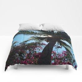 EL SALVADOR PALM TREES Comforters