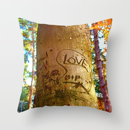 South park love Throw Pillow