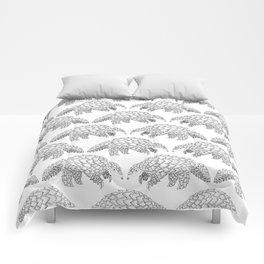Manis Crassicaudata Comforters