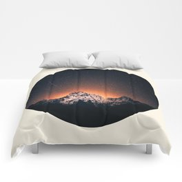 Glowing Star Sky Behind Snow Mountain Round Photo Vintage Comforters