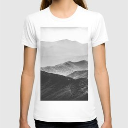 Glimpse - Black and White Mountains Landscape Nature Photography T-shirt