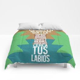 Fuente de las Amapolas Comforters