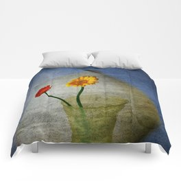 Blowing in the Wind Comforters