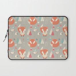 Baby fox pattern 01 Laptop Sleeve