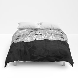 Elegant Black and White Flowers Design Comforters