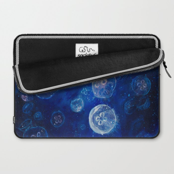 It's Jellyfishing Outside Tonight Laptop Sleeve