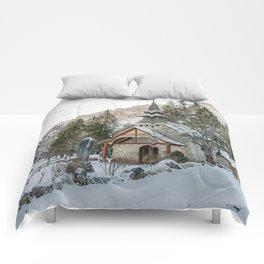Cappella lago di Braies Comforters