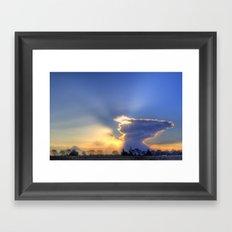 Crepúsculo Framed Art Print