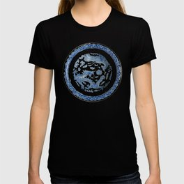 Damask vintage Monaco blue white girly ginger jar floral antique chinese dragon chinoiserie china T-shirt