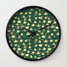 FROOOOOOOOOOOOWG PATTERN dark green Wall Clock