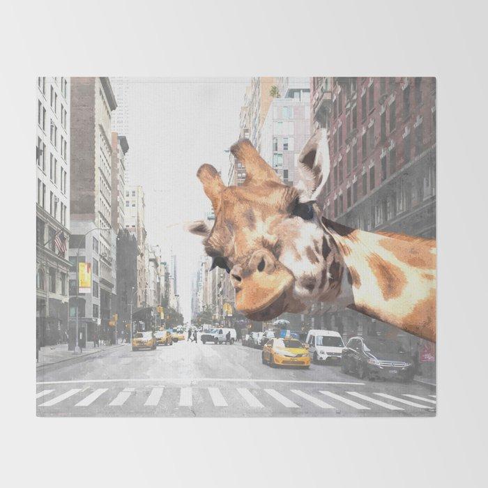 Selfie Giraffe in New York Throw Blanket