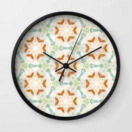 Holle Grail Wall Clock