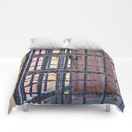 Metal Door Comforters