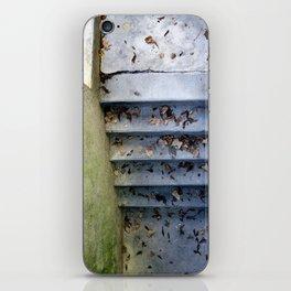 closed#05 iPhone Skin