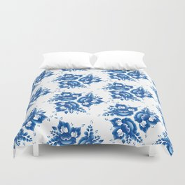 Silhouette of a beautiful horse's head with blue flowers Duvet Cover