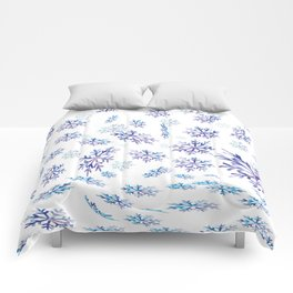 Snowflakes falling Comforters