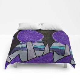 Le sapin et la foret Comforters