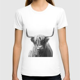 Highland cow   Black and White Photo T-shirt
