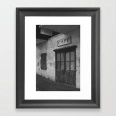 fermé Framed Art Print