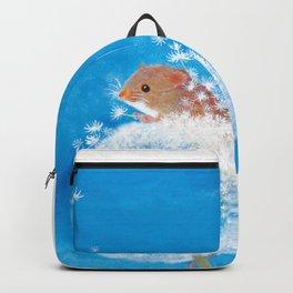 Harvest mouse on the Dandelion Backpack