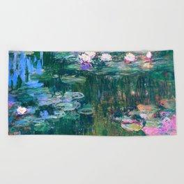 water lilies : Monet Beach Towel