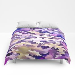 Foliage Abstract Camouflage In Pale Purple and Violet Pastels Comforters