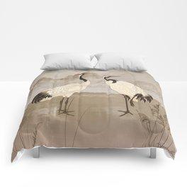 Wintering Manchurian Cranes Comforters