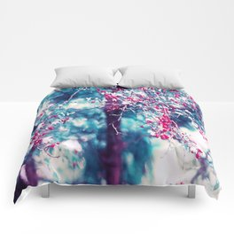 Red berrys retro love Comforters