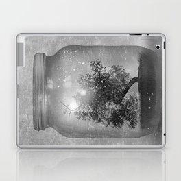 Black and White - Saving Nature Laptop & iPad Skin