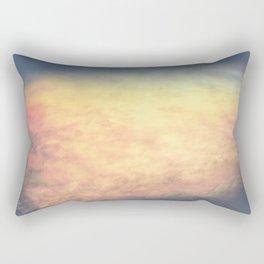 Nube Iridiscente Rectangular Pillow