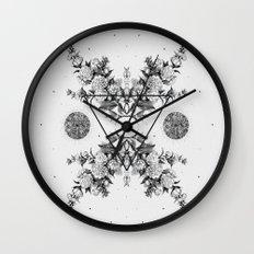 PYXIS ii Wall Clock