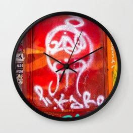 Rojo Píkaro Wall Clock