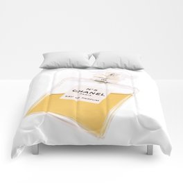 Design and Fragrance Comforters