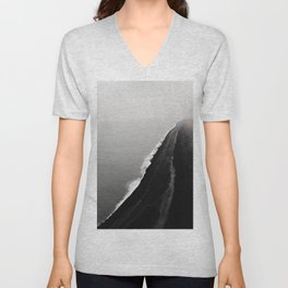 BLACK SAND BEACH Unisex V-Neck