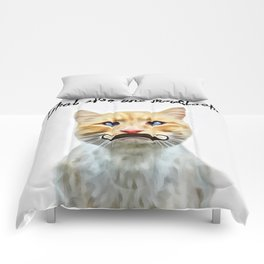 chat avec une moustache (Cat with a mustache in French) Comforters